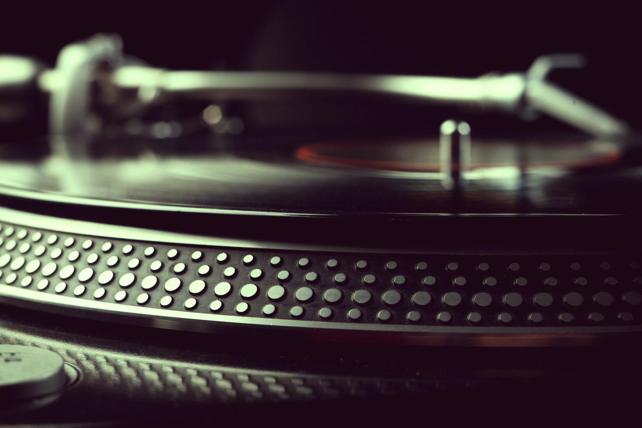 1ª Feira de Discos do Tatuapé acontece dia 21.09 box set, discos, DJ, Edições Limitadas, feira, funk, jazz, Latin, LPs, Metal, mpb, música eletrônica, pop, Promos, rap, Rock, samba, sebo, Singles, soul, tatuape, vinil, White Labels