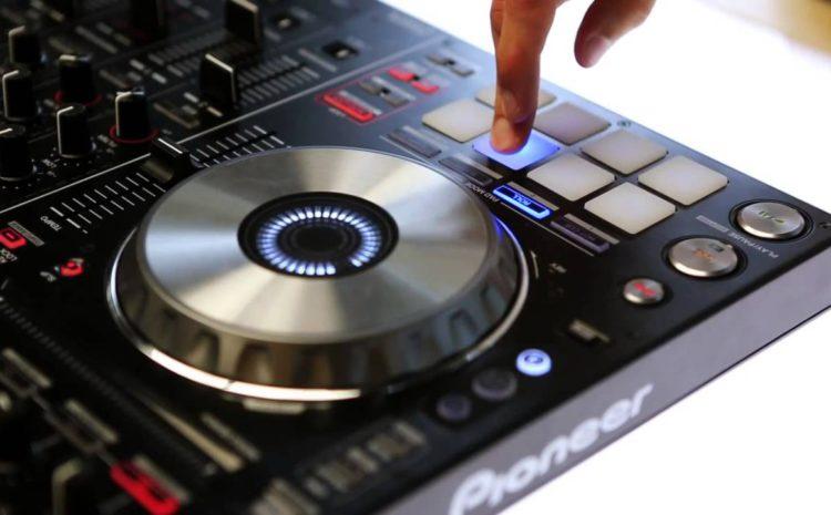 Review: Controladora Pioneer DDJ-SX2 + Serato clube serato dj