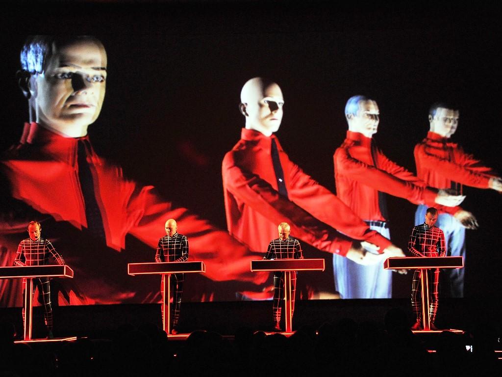 Nono álbum do Kraftwerk está a caminho! álbum, kraftwerk, Ralf Hütter