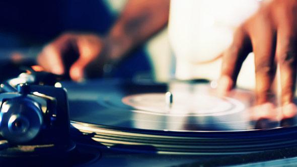 Doc Mix: A História dos DJs no Brasil balada