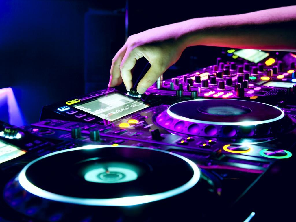 Estudo sugere que é o DNA, e não a prática excessiva, que determina seu talento musical DNA, estudo, Karolinska, Música, treino