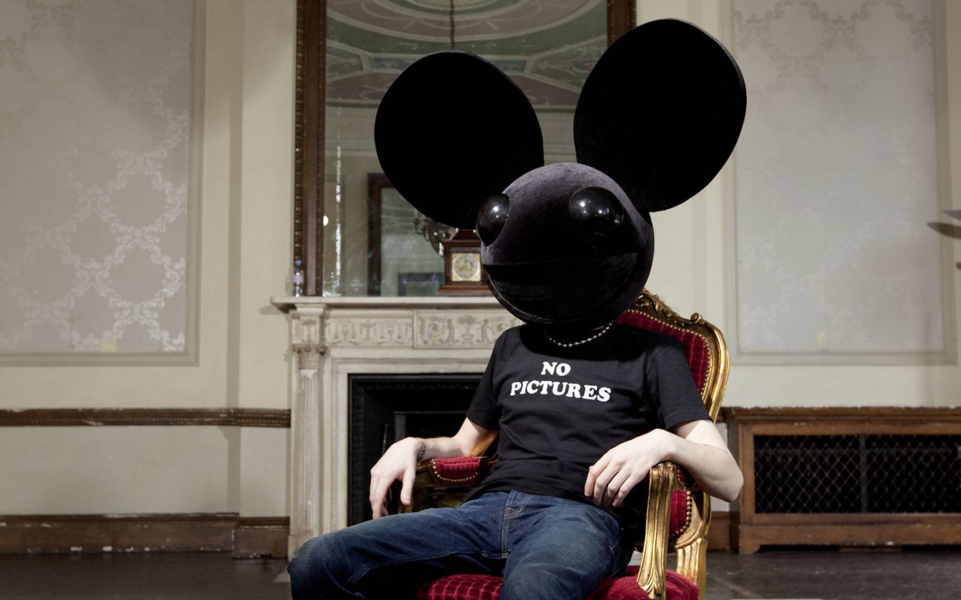 "Deadmau5 sobe no Soundcloud ""Imaginary Friends"" deadmau5, Imaginary Friends, Joel Zimmerman, soundcloud, twitter"