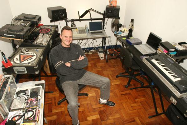 2º Mês da Música Eletrônica: Conheça o DJ Gregão, homenageado do Museu Mans da DJBan mans