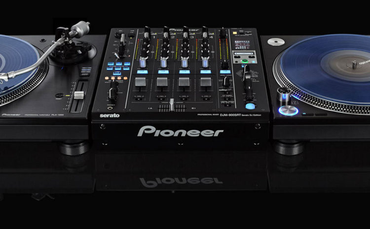 Teste os Toca-discos PLX-1000 e Mixer DJM-900 SRT da Pioneer aqui na DJBan, de 01 a 17/07 mixer