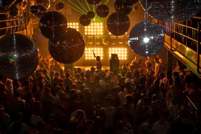 Ex-alunos DJBan se destacam em festas LGBT beto ariza, concurso de djs, curso de dj, dj will, djban, festa, friend's party, júnior fontes, lgbt, má rodrigues, magic space, native instruments, ressaca, sensation's for friends, tic tac