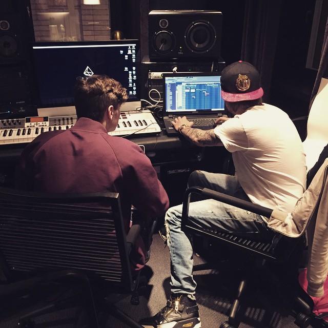 Martin Garrix e Avicii juntos em estúdio Avicii, EDM, facebook, Martin Garrix, Música, single, usher
