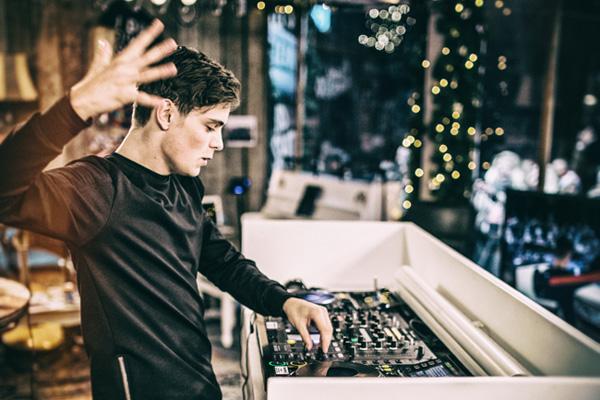 Martin Garrix abandona Big Room mas não parte pro Deep progressive house