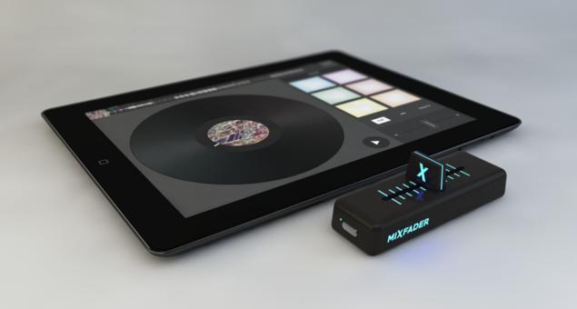Crossfader wireless é lançado pra fazer performances em tablet crossfader, djit, mixfader, sem fio, sxsw, wireless