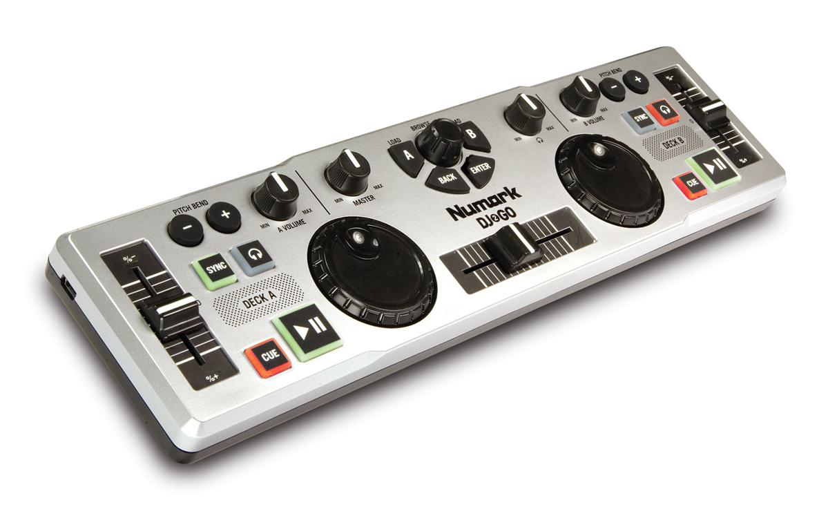 Controladora MIDI DJ 2 Go, da Numark: Pequena e eficaz 2 decks, controladora midi, dj to go, menor controladora, numark