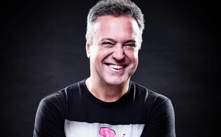 DJ Rodrigo Vieira se apresenta no Ultra Europe 2015 ultra music festival