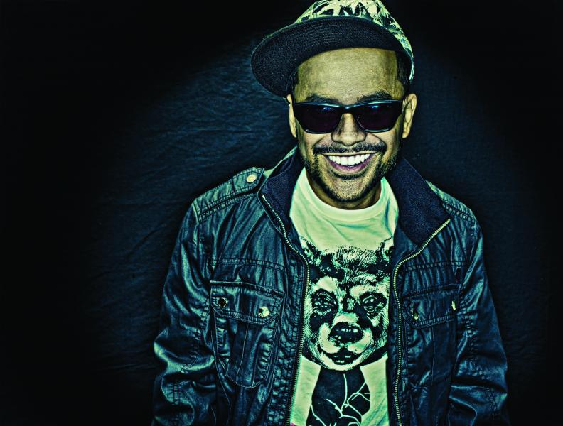 DJ Craze toca na festa de 2 Anos da Jam Box #bassmusic, #djcraze, #jambox2anos, #jamboxexperience, #nativeinstruments, #saopaulo, djban, drum'n'bass, hiphop, jambox, miami, superloft, Traktor, trap, turntablism