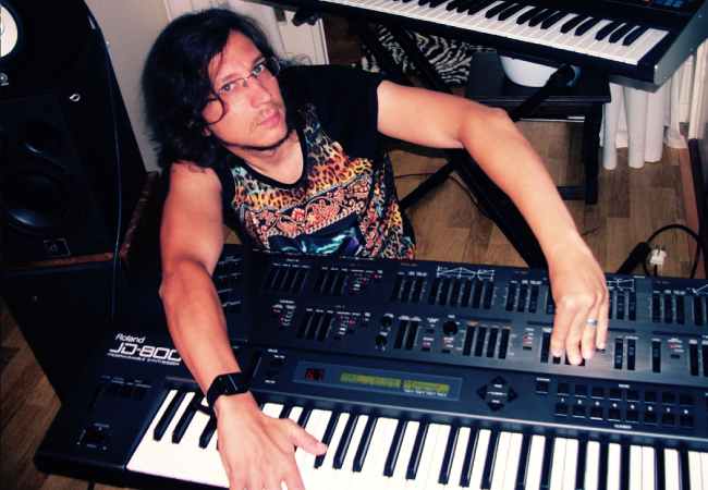 Download gratuito de Sample Kit do produtor Legowelt JD-800 Roland