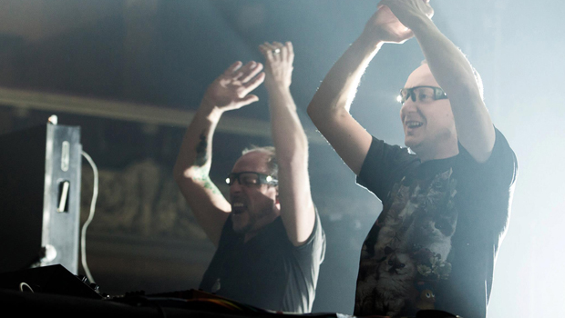 Orbital anuncia o fim da dupla 8:58, DJ, Orbital, Paul Hartnoll, Phil Hartnoll, Sides
