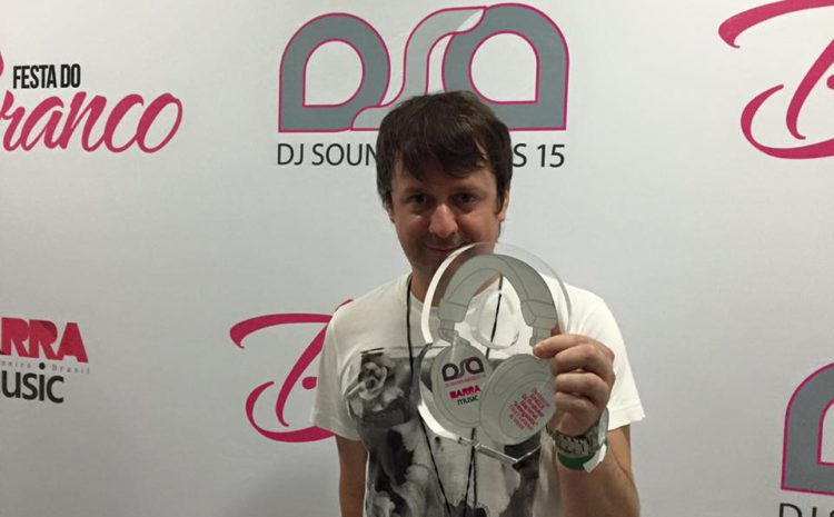 Tiko's Groove é prestigiado no DJ Sound Awards 2015 dj sound awards, tiko's groove, Tune Agency