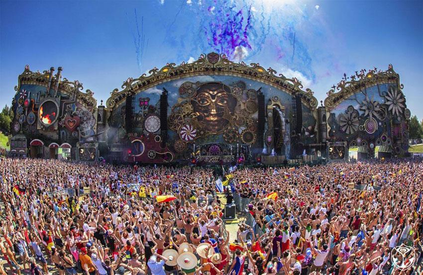 """MTV lança documentário sobre Tomorrowland """"10 Anos de União, Amor, Loucura e Magia"""" armin van buuren, david guetta, documentário, kaskade, mtv, steve aoki, Tomorrowland"""