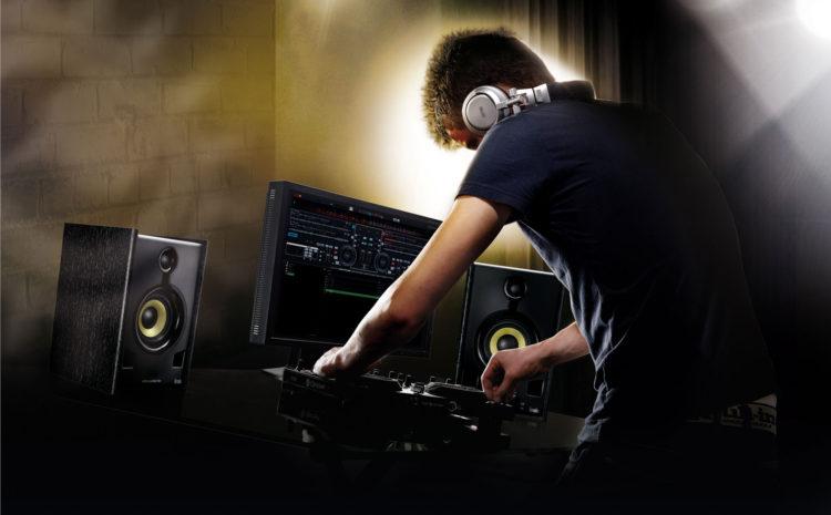 2º Mês da Música Eletrônica: 7 Dicas que Todo DJ de Warm Up Devia Seguir, mas Normalmente não Segue headliner