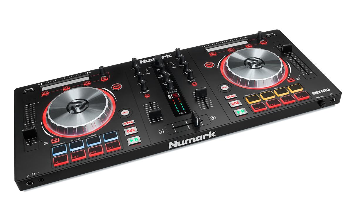 Conheça as controladoras Mixtrack Pro 3 e Mixtrack 3 da Numark mixtrack 3, mixtrack pro 3, numark