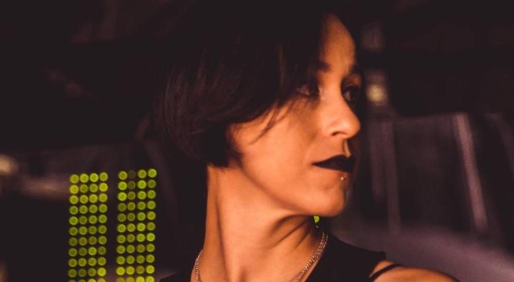 Camila Giamelaro binaryh, camila giamelaro, comunicação, dj ban emc, gig agency, Marketing