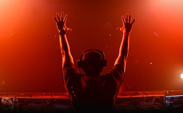 Participe do Censo DJ 2015 e concorra a R$ 10.000 em prêmios produtores