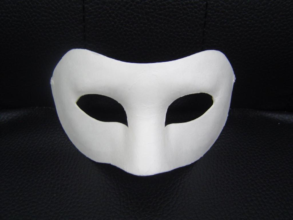 As máscaras caem: saiba quem são os DJs por detrás de seus disfarces daft punk, deadmau5, dj danger, djs from mars, dr. lektroluv, krome angels, máscara, the bloody beetroots