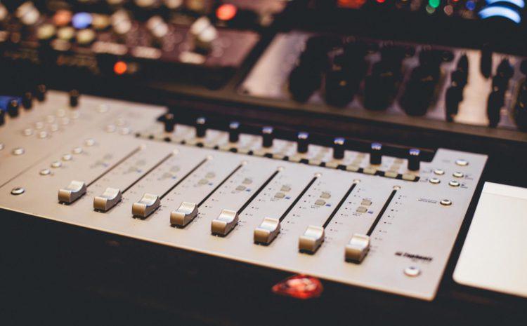 Que tal uma forcinha com a mixagem e masterização da sua track?