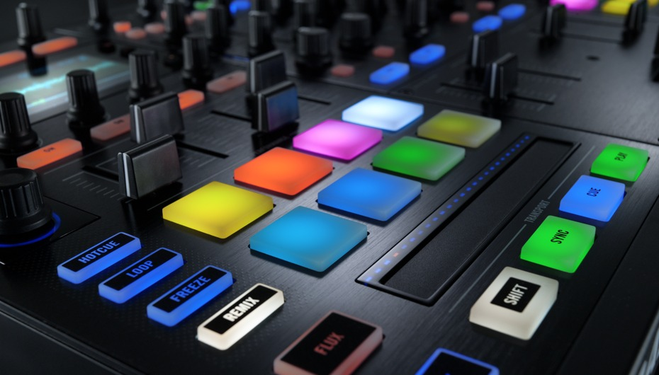 Nova Traktor Kontrol S8: Review exclusivo por DJ Will kontrol s4, Kontrol S8, native instruments, Traktor