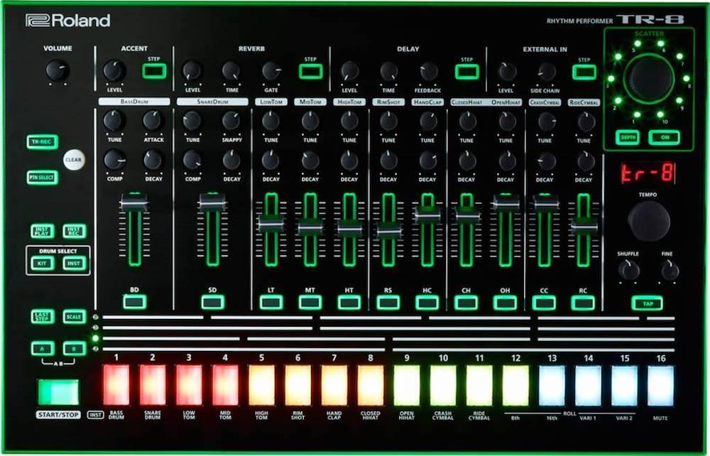 Roland TR-8 e TR-8S #djbanemc, aira, drum, drummachine, Live, liveset, Magento, producer, roland, rolandaira, tr, TR 808, TR-8, tr-8s, tr-909