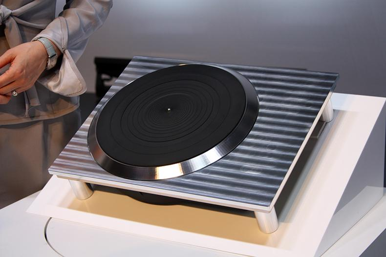 Panasonic anuncia planos para relançar os toca-discos Technics amplificador, fone, hi-fi, panasonic, sl-1200, sp10, technics, toca-discos