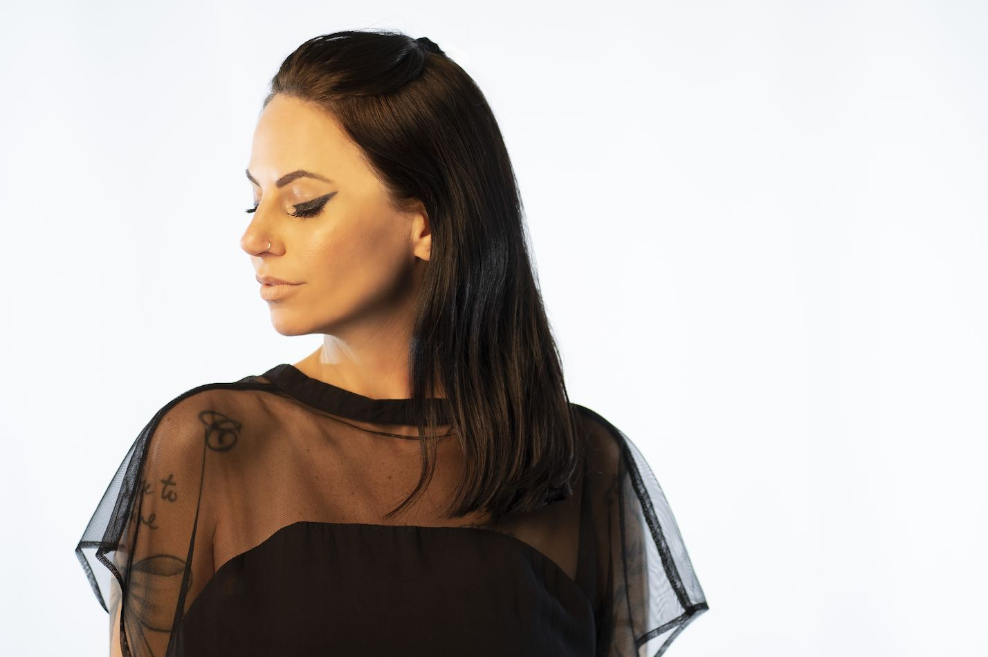 Mulheres artistas na cena da música eletrônica: Camila Vargas camila vargas, camilo rocha, dance music, John Digweed, live categral, mary olivetti, mulheres na música